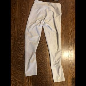 Outdoor Voices Pants - Outdoor Voices Set in Oatmeal (size small)